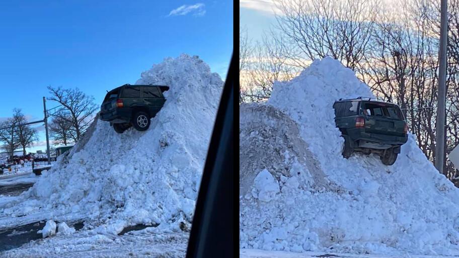 ¿Qué hace este Jeep Grand Cherokee encajado en una pila de nieve? No lo creerás