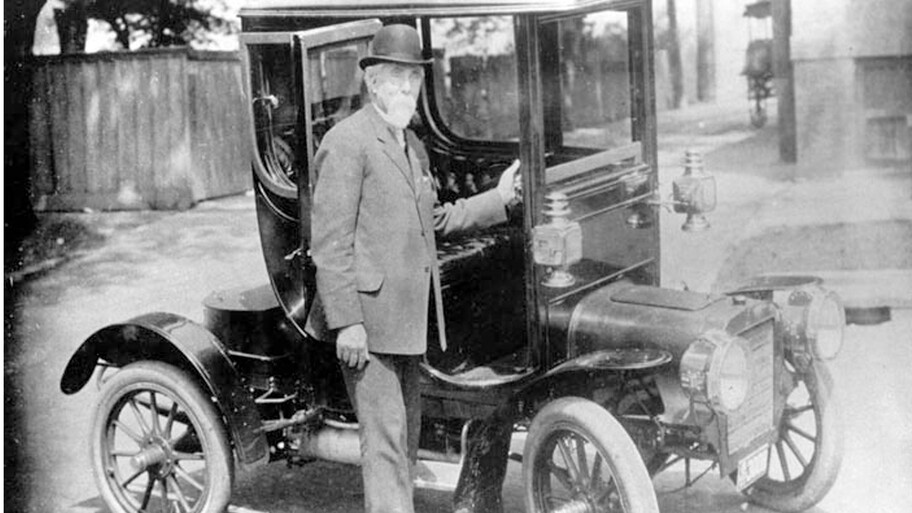 ¿Sabías que Cadillac y Lincoln fueron creadas por la misma persona?