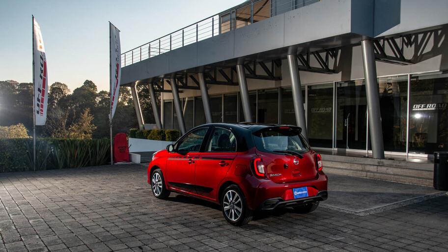 Nissan March 2021 a prueba, el super ventas se renueva y ahora es más seguro