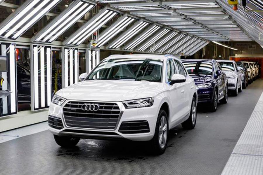 Puebla: Barbosa frena a Volkswagen con nuevo decreto