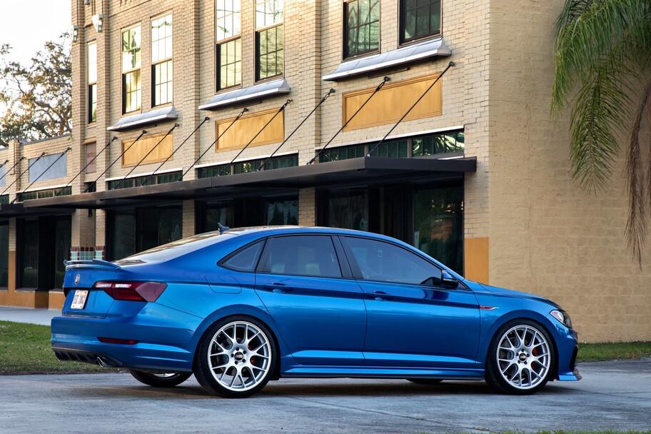 """Este llamativo Jetta GLI fue """"tuneado"""" por la propia Volkswagen"""