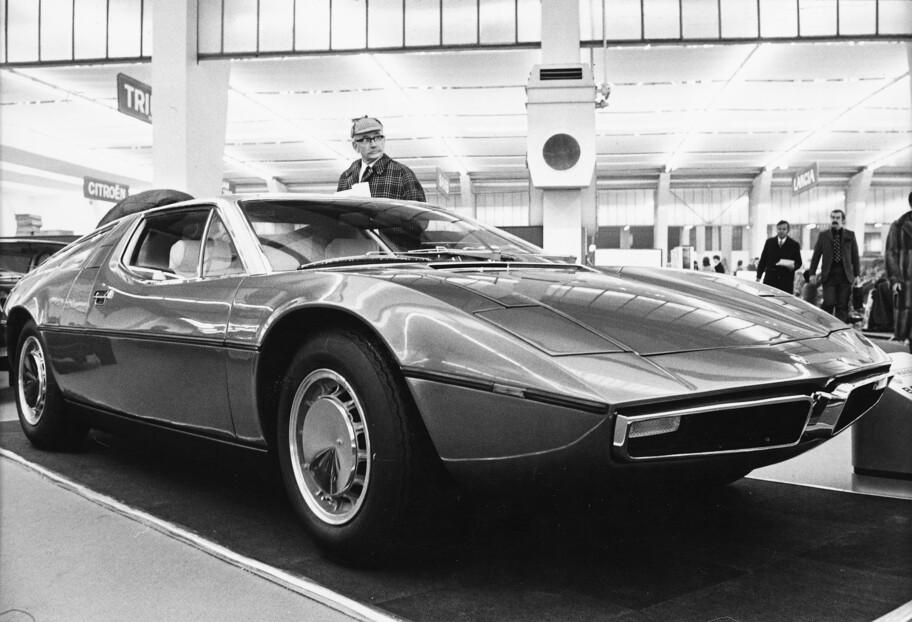 La historia del Maserati Bora, un auto deportivo que se adelantó a su época