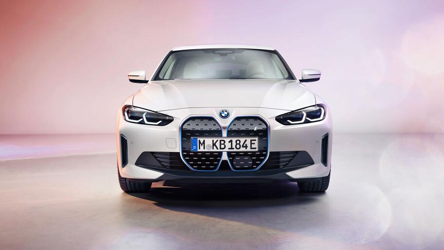 BMW i4, un sedán deportivo 100% eléctrico de la firma bávara