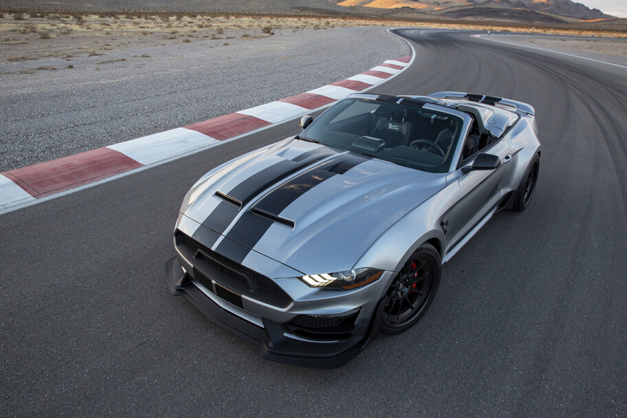 Shelby Super Snake Speedster 2021: un exótico muscle car con 825 hp