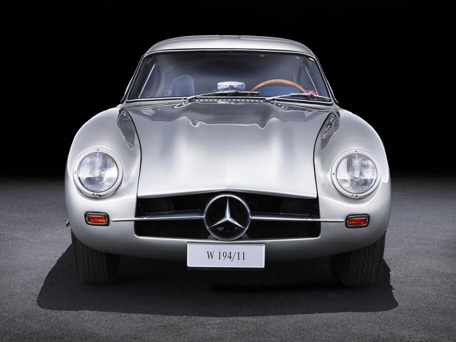 La historia del Mercedes-Benz SL, el auto que nació triunfando en las pistas