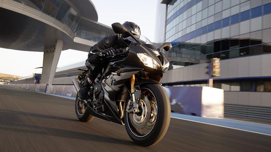 Cómo alargar la vida útil de las llantas de una motocicleta