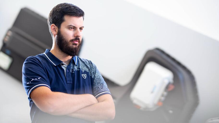 Porsche eleva su participación en Rimac, especialista en deportivos eléctricos