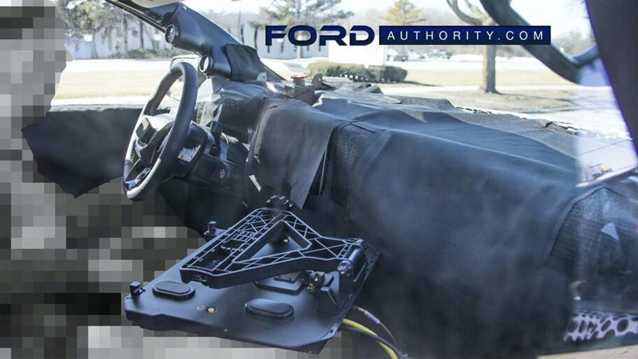 Se filtra la primera foto del interior de la próxima Ford Ranger 2023