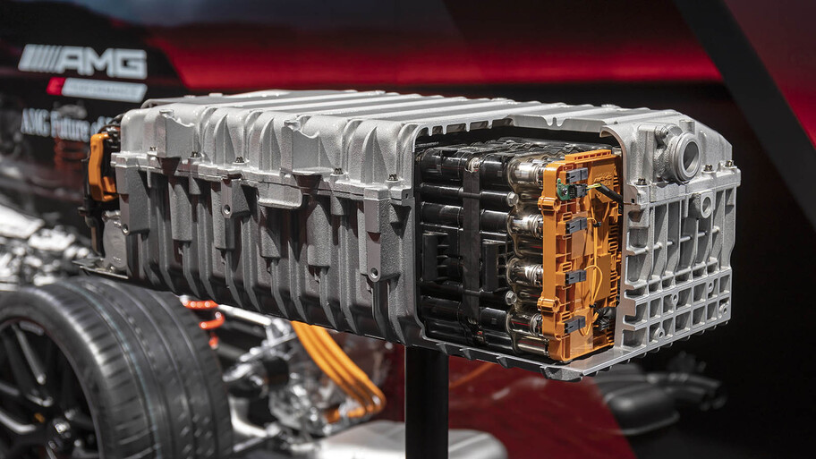Mercedes-AMG desarrolla una nueva gama de motores híbridos para sus deportivos