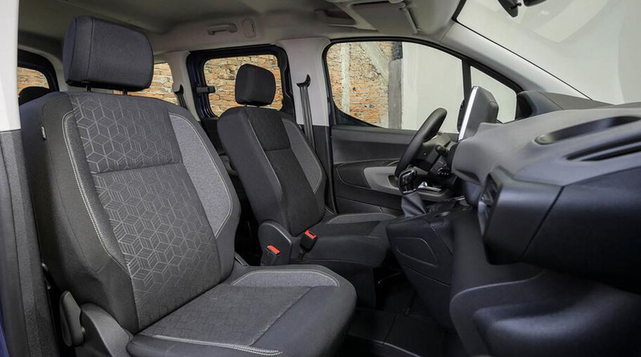 Chevrolet Captiva vs Peugeot Rifter, gran espacio de carga y mucho que ofrecer