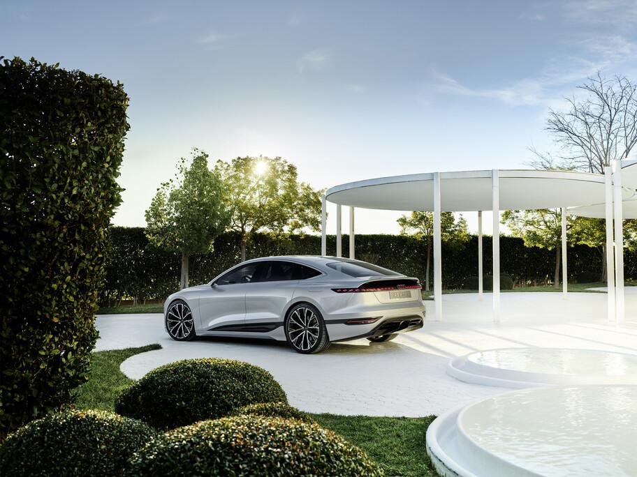Audi A6 e-tron concept: más de 450 hp y 700 km de autonomía para este sedán eléctrico
