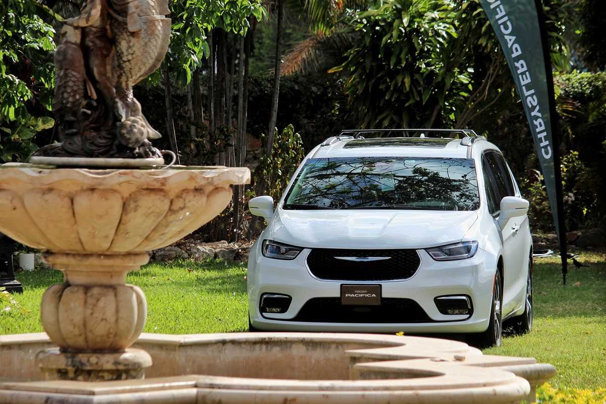 Chrysler Pacífica 2021 – la gran interpretación americana de una miniván