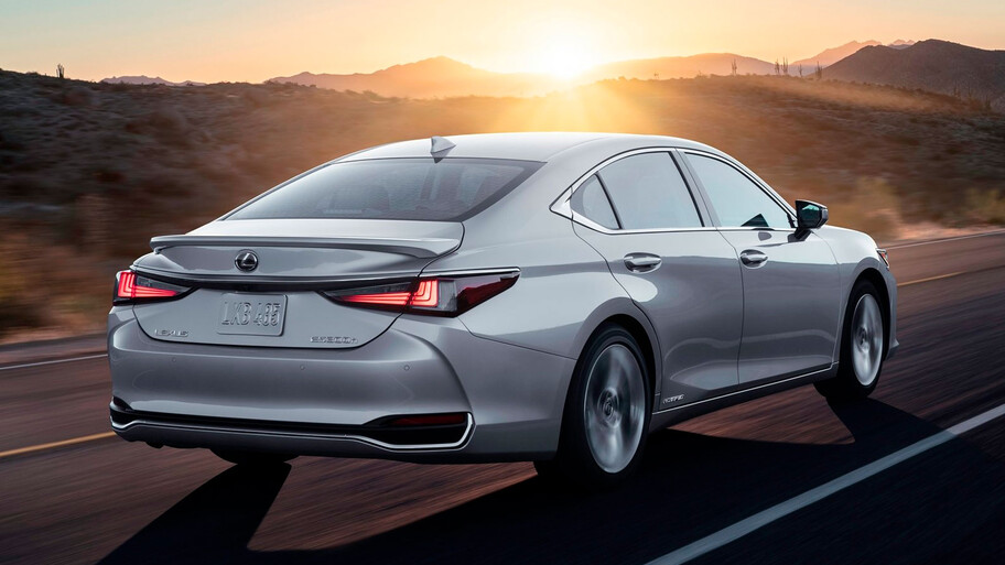 Lexus ES 2022, el Camry de esmoquin se actualiza ¿llegará a México?