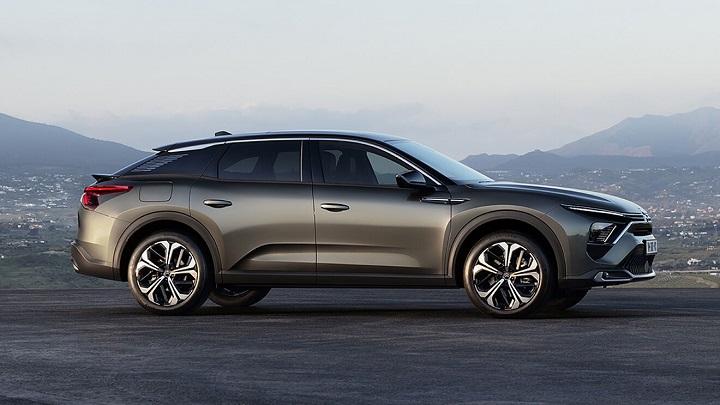 Citroën C5 X (2021-2022), Stellantis va a por todas