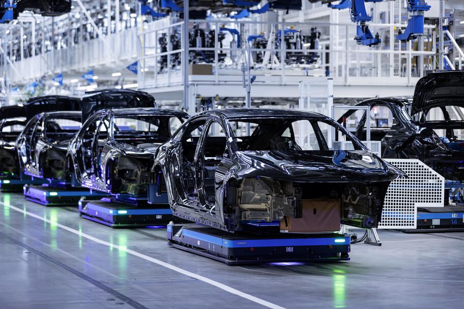 Mercedes-Benz inicia la producción del EQS en Alemania