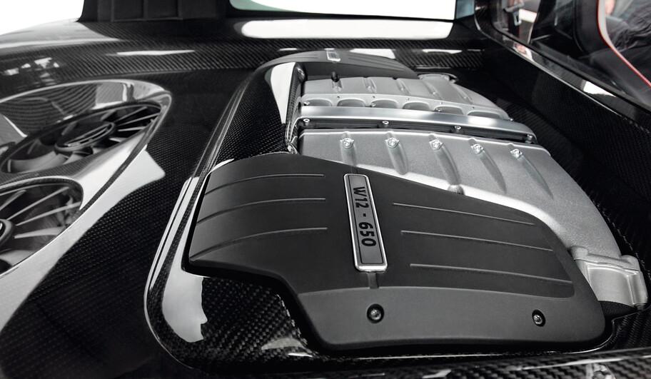 Volkswagen Golf GTI W12-650: un Frankestein con el motor 12 cilindros del Bentley Continental GT