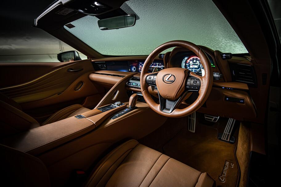 Lexus LC Convertible es sometido a una prueba de congelación extrema para demostrar su calidad