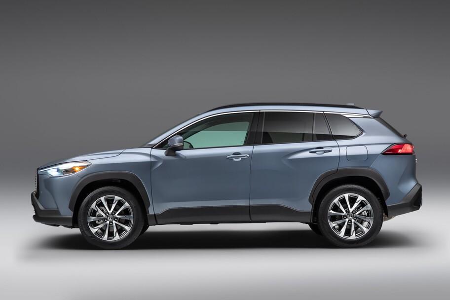 Toyota Corolla Cross podría llegar a México para competir con VW Taos y Mazda CX-30