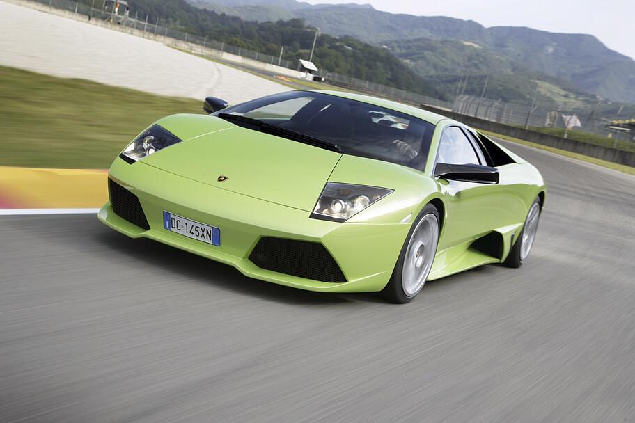 La historia de los súper autos con motor V12 de Lamborghini