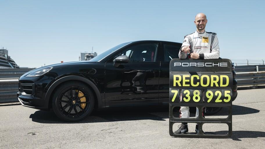 Porsche Cayenne Coupé rompe el récord del SUV más rápido en Nürburgring