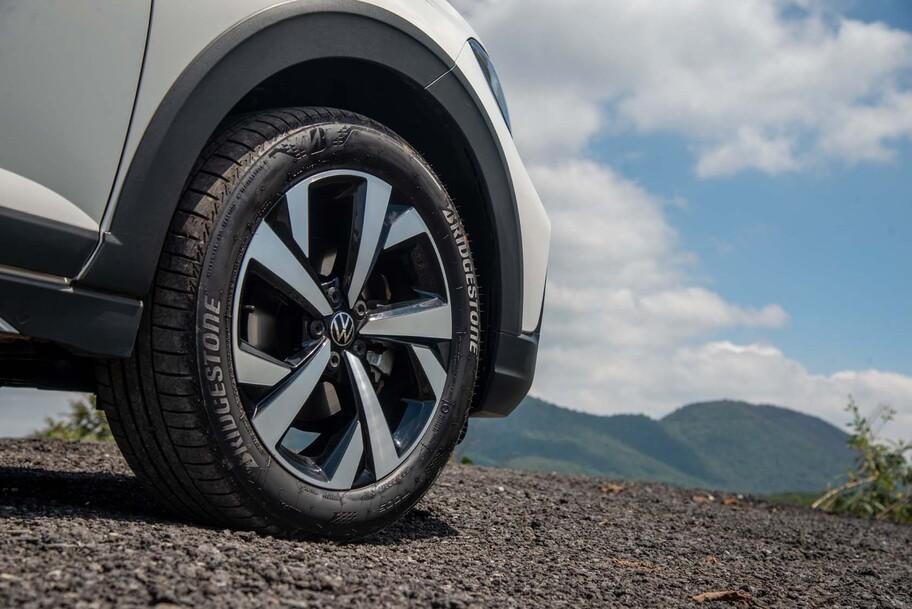 Volkswagen Nivus 2022 a prueba, una pequeña SUV coupé con mucho estilo