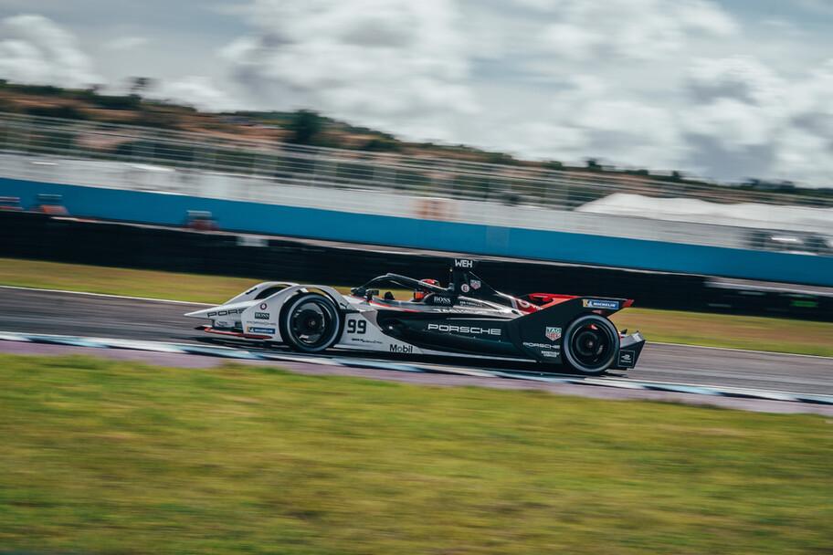 Porsche logra una excelente actuación en la Fórmula E en Puebla, pero...