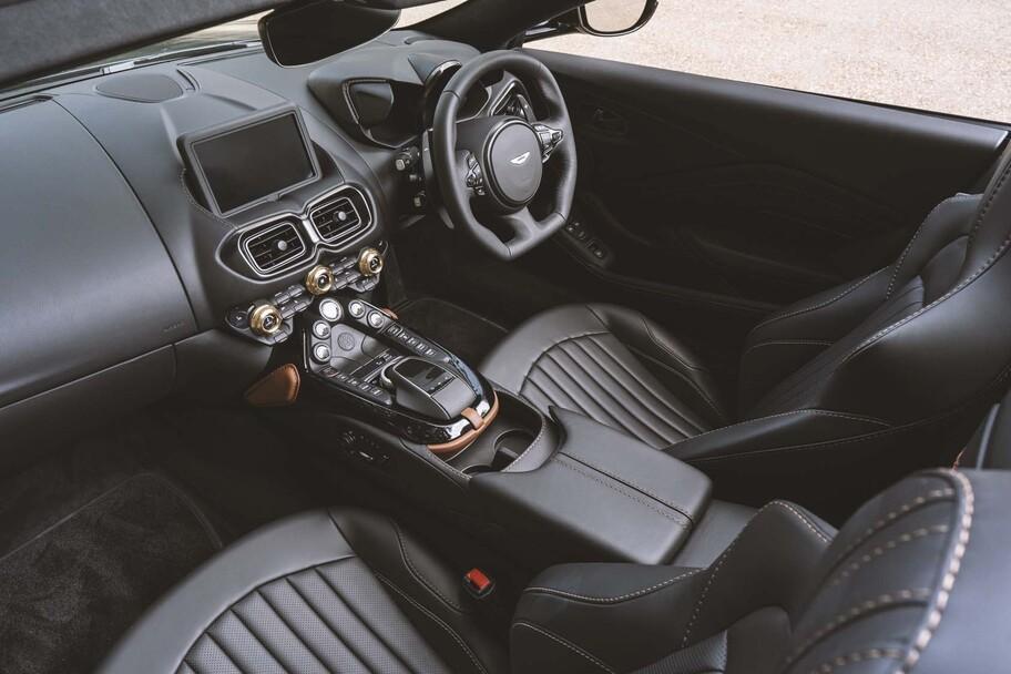 Aston Martin A3 Vantage Roadster 2022, reinterpretando al último superviviente