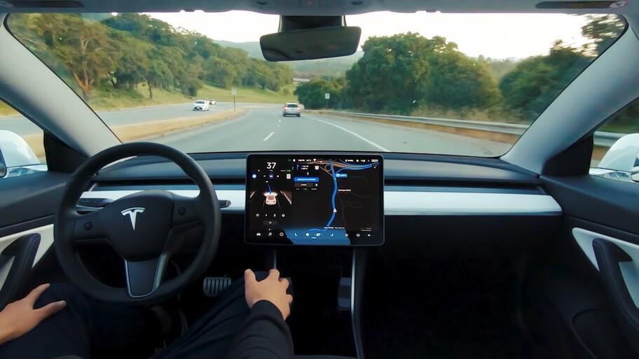 ¿Los automovilistas están preparados para los vehículos de conducción autónoma?