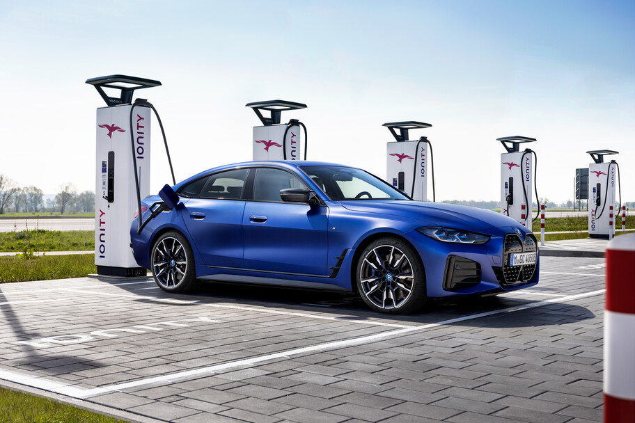 BMW i4 M50: el primer M totalmente eléctrico registra más de 540 hp