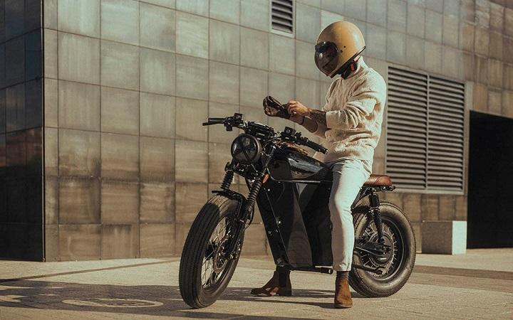 OX One, la moto española 100% eléctrica de estilo Café Racer
