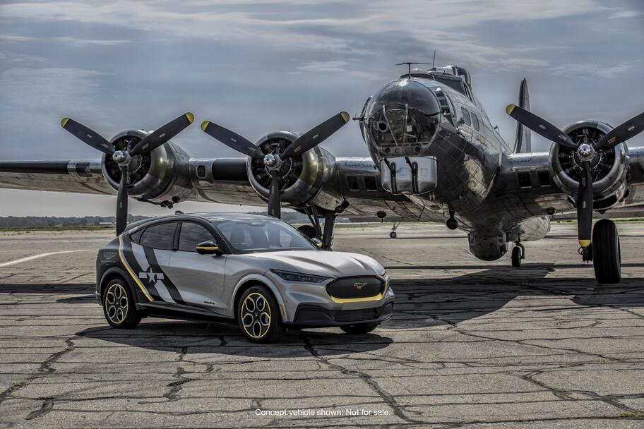Mustang Mach-E AirVenture, un homenaje a las mujeres piloto de la Fuerza Aérea de Estados Unidos