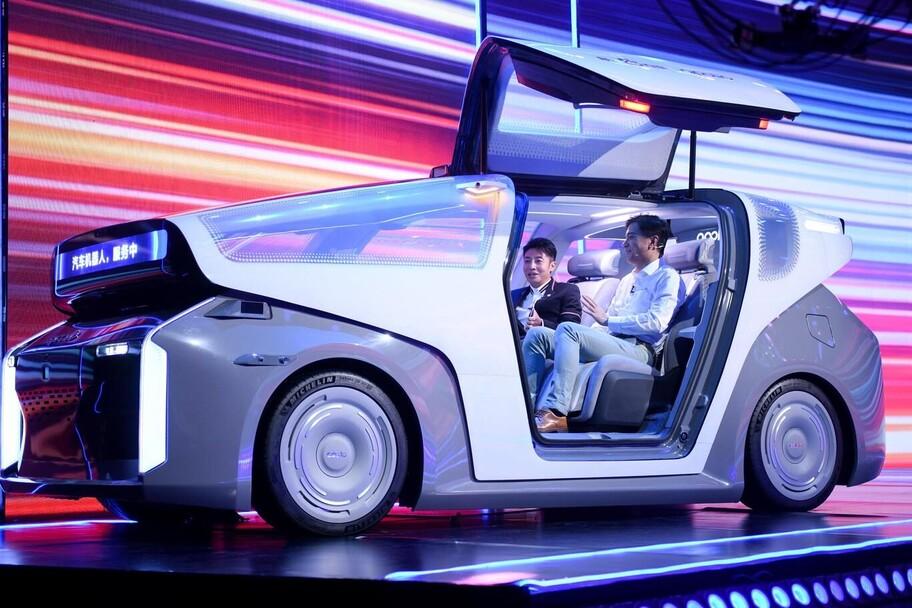 Baidu, el Google chino, presenta su sistema de conducción autónoma nivel 5