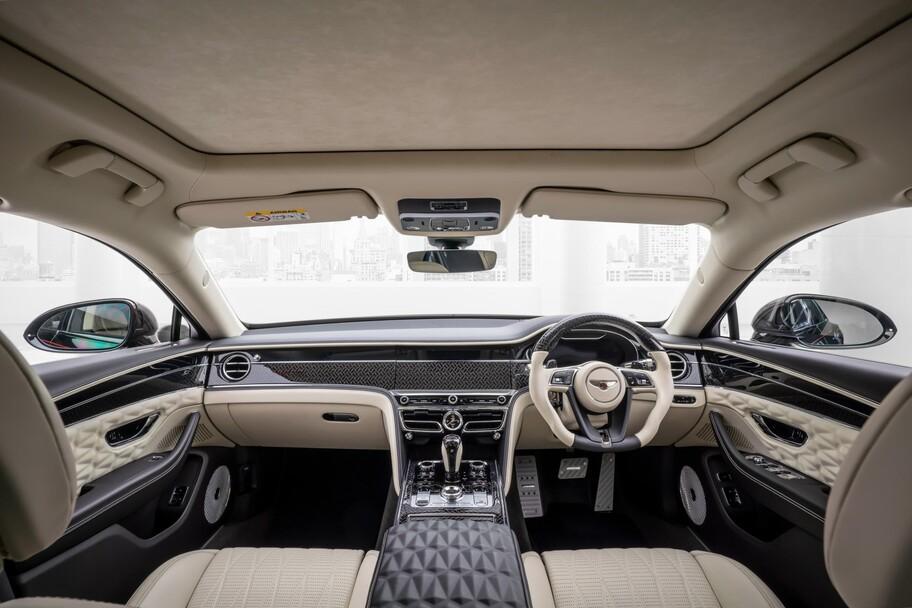 Bentley Flying Spur por Mansory registra más de 700 hp y una velocidad máxima de 340 km por hora