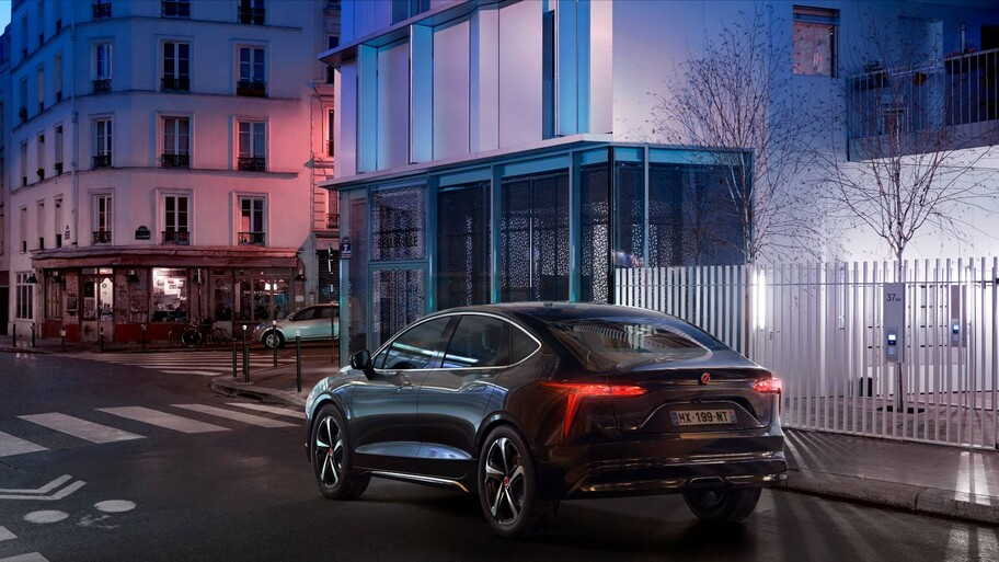 Renault presenta un auto eléctrico exclusivo para taxi