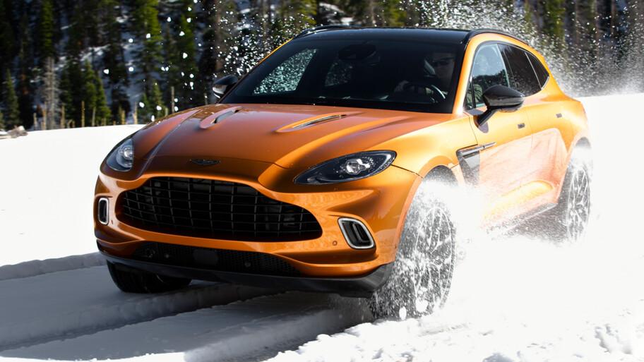 Aston Martin logra fuertes ventas con el DBX