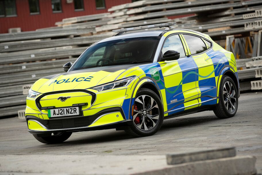 Ford convierte al Mustang Mach-E en una auténtica patrulla