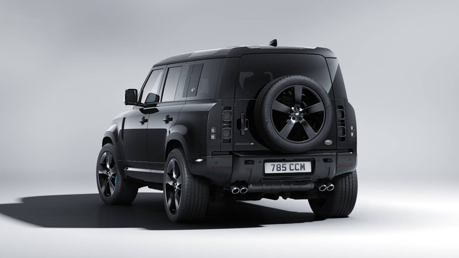 Land Rover Defender V8 Bond Edition 2022, con licencia para atrapar a James Bond