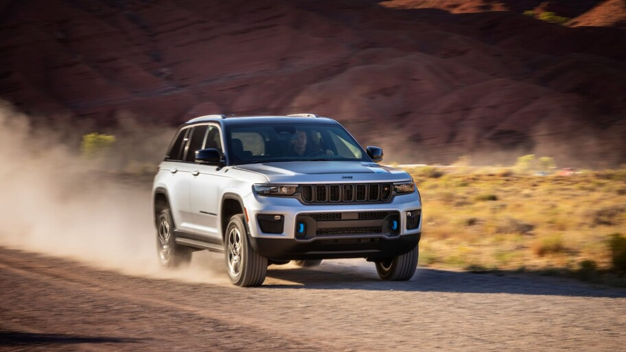 Jeep Grand Cherokee 4xe 2022, la versión híbrida conjuga eficiencia y capacidad todoterreno